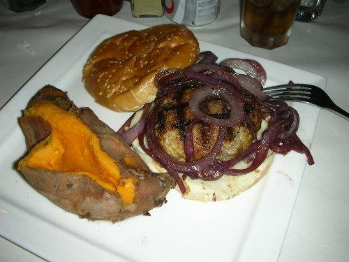Wolf&Lamb ribeye burger