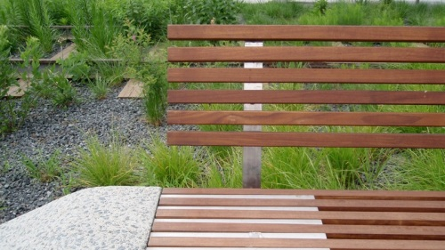 bench detail, photo by RySq