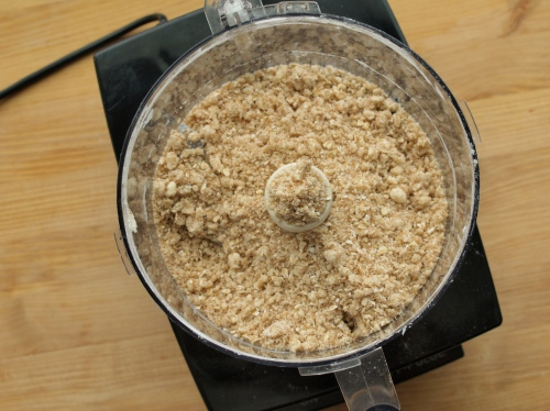 Mindy Segal's oatmeal streusel
