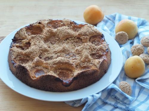 apricot amaretti cake